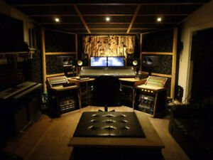Amazing living opportunity for pro musician/industry/aspiring