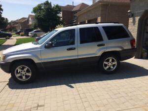 2003 Jeep Grand Cherokee Laredo SUV, Crossover