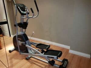 Horizon Fitness Elliptical Exercise Machine