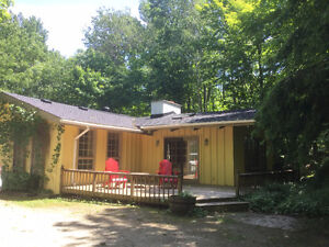 Enjoy a vacation in Collingwood/Blue Mountain area