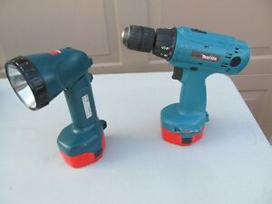 MAKITA DRILL/FLASHLIGHT COMBO LIGHTLY USED  reduced $65