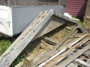 ROOF TRUSS  - 5 IN TOTAL