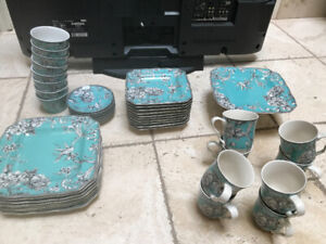 222 FITH Adelaide Turquoise DINER SET - SET OF 8