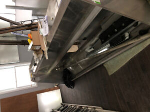 10 FT Commercial Restaurant ULC Listed Exhaust Hood.  Clean