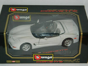 Burago 1/18 Scale 1998 Corvette Convertible Diecast Car White