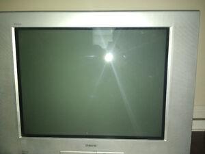 Sony Trinitron 32 with remote