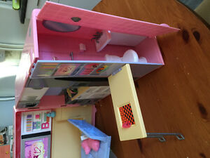 Barbie camper Cambridge Kitchener Area image 5