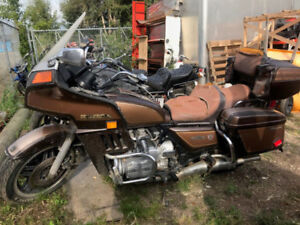 1982 HONDA GL1100 FOR PARTS