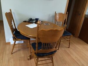 4 Chair Oak Dining Room Table