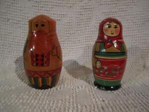 Antique Matryoshka Nesting Dolls / Poupés russes / soviétiques