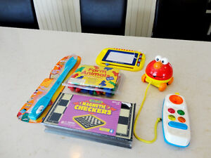 5 Assorted Vintage Toys -Mighty Beans, Farm Animals, Checkers ++ Kitchener / Waterloo Kitchener Area image 1