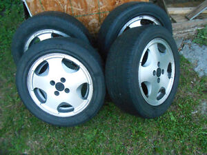 A set of Volkswagen 4 bolt 15 inch wheels. 205/55-15 for $100.00 Cornwall Ontario image 1