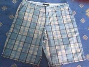 Tommy Hilfiger Size 36 Mens Shorts,Mint Condition