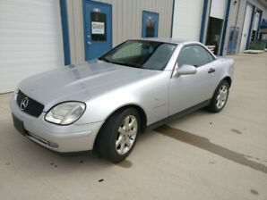Mercedes-Benz SLK Convertible Low km - Winter Price