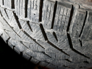2 x 2254517 225/45r17 gislaved nord frost hiver winter