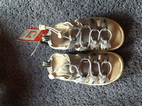 Sorel sandals - girls-USA size 11