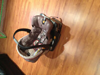Infant car seat 4 to 22 lbs