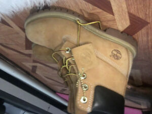 Women's timberland boots size 6.5 excellent condition