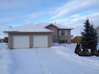 4 Bedroom home in Mitchell