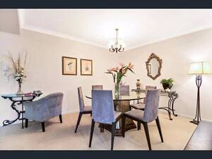 Elegant Dinning Table Coolangatta Gold Coast South Preview
