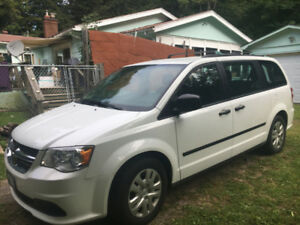 2016 Dodge Grand Caravan with Low Kilometres