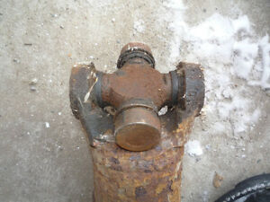 Driving shaft pour chevy van 91