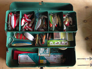 2 old tackle boxes bs lures