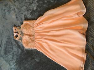 Woman fancy dress size sm lechateAu worn once