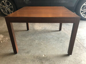 End table with simple lines