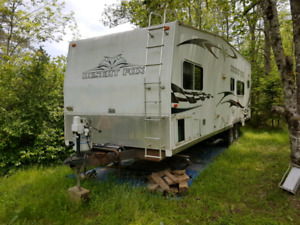 28' Desert Fox Toy Hauler by Northwoods