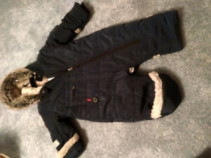 Blue banana 24 months snowsuit habit de neige
