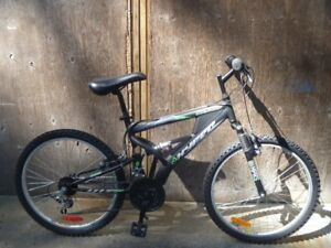 "Hyper Bear 24"" mountain full suspension mountain bike"