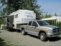 2001 McKenzie Medallion 31' fifth-wheel
