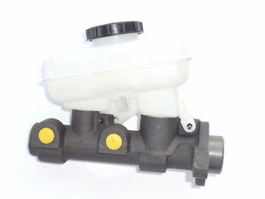 Pontiac, Oldsmobile 1997-2005 Brake Master Cylinder MC131955