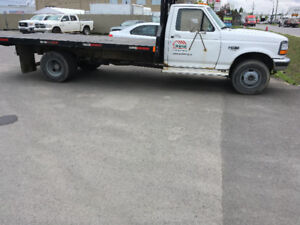 Camion Ford F450 Diesel plate forme  automatique