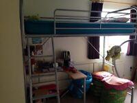 Bed/desk/ futon