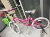 Girls 18 inch bike (located in Oliver )