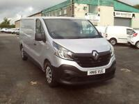 Renault Trafic LL29 lwb Business 115ps DIESEL MANUAL SILVER (2016)