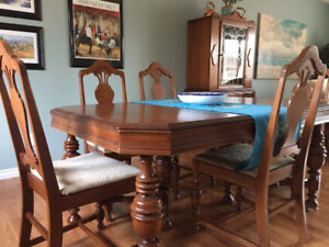 Antique Dining Table Chairs China Cabinet