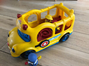 Bus scolaire Little People Fisher Price