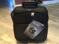 Contour overnight notebook roller travel case