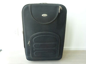 "POLO TRAVEL CLUB luggage Height: 30"" Length: 19"" Width: 13-15""."