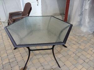 Table de patio