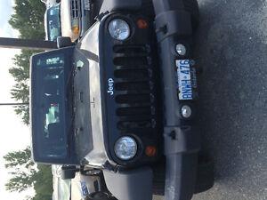 2012 Jeep Wrangler Coupe (2 door)