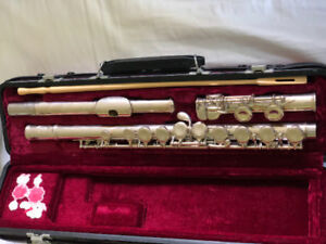 JUPITER FLUTE / comes with casing and cleaning rod