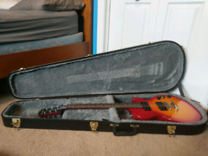 Mint Epiphone (Les Paul Special - ll) With hard case