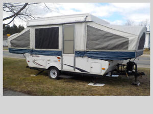 """"""" HARD TOP TRAILER FOR RENT""""Available July 1th -7th  and 25th-31"""