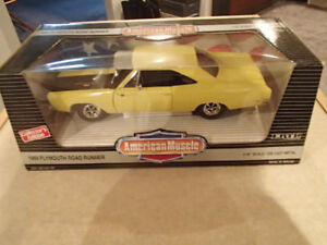 1:18 SCALE DIE-CAST AMERICAN MUSCLE 1969 PLYMOUTH ROAD RUNNER YE