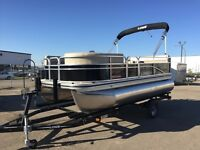 2016 Lowe Ultra 160 Cruise Pontoon Boat
