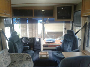 1996 Winnebago Vectra- top of the line